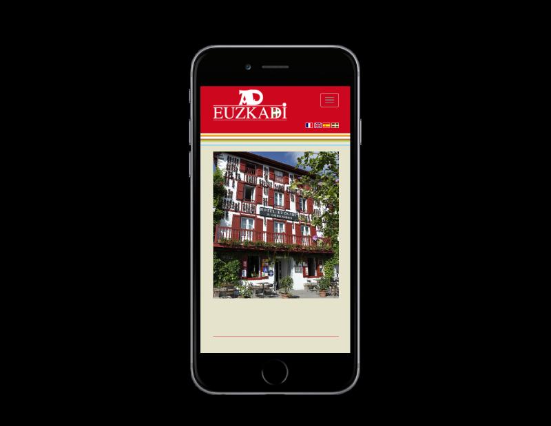 REZO 21, création de sites Internet réalise le nouveau site Internet de l'Hotel restaurant euskadi à Espelette Pays basque, vue sur mobile