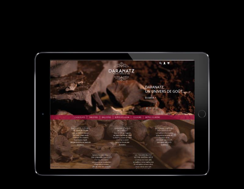 Daranatz, chocolatier à Bayonne et Biarritz confie la création de sa boutique e-commerce à l'agence web REZO 21 anglet, vue sur tablette