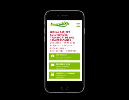 Autocars Hiruak Bat, Pays Basque, retient l'agence web REZO 21 pour la création de son site Internet avec boutique en ligne, vue sur mobile