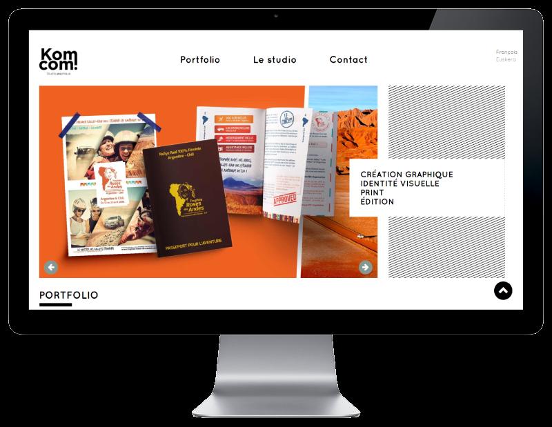 Le studio de création graphique Komcom fait développer son site Internet par l'agence web REZO 21 Anglet, site web sur grand écran