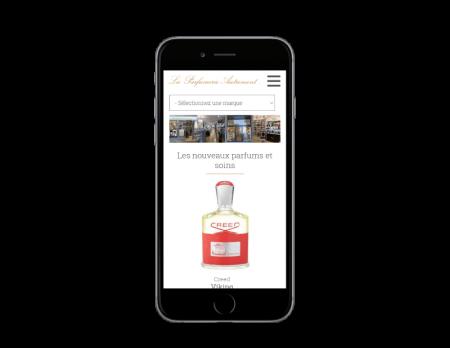 L'agence web REZO 21 anglet Pays basque réalise la creation du site Internet Parfumerie Autrement Bayonne Biarritz - vue sur mobile