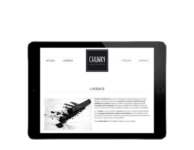 Site internet responsive mobile pour architecte bayonne sur tablette