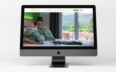 L'hôtel du Pont à Ascain confie la refonte de son site à la paire Bureau 14 et REZO 21